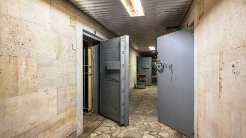 Çelik Kapı Nasıl Açılır ve Nelere Dikkat Edilir?